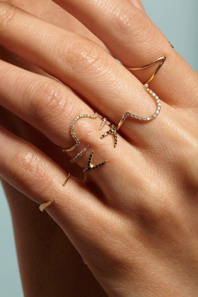 IANIKO - 12 Minimalist Jewelry Brands - WWAKE