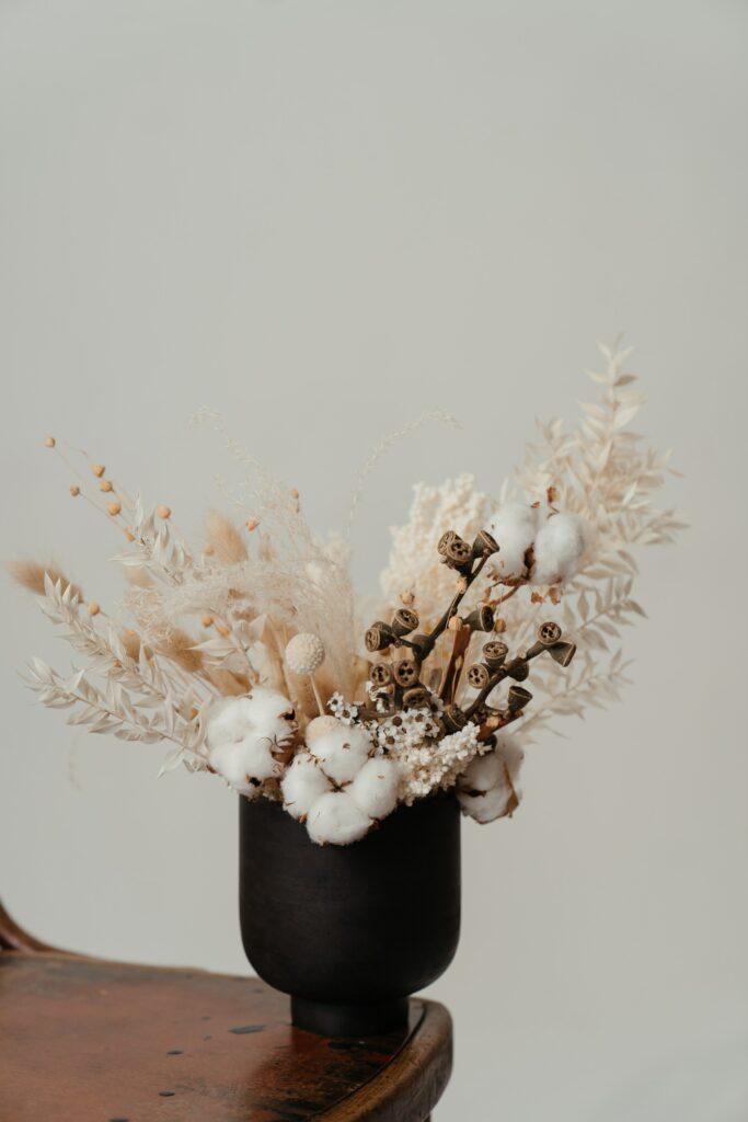 IANIKO - 15 Christmas Gift Ideas for a Minimalist