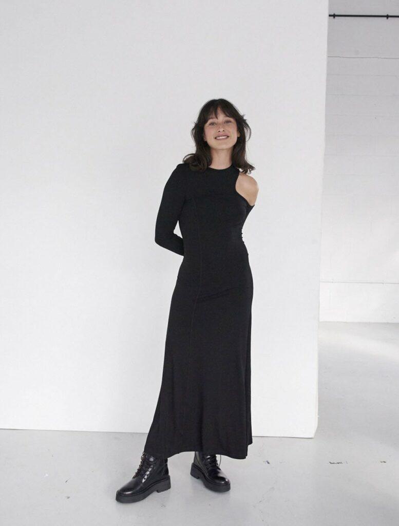 IANIKO - 15 Minimalist Fashion Brands - Ninety Percent