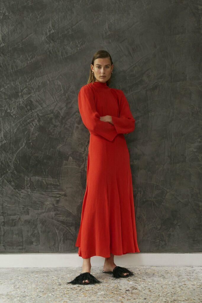 IANIKO - 15 Minimalist Fashion Brands - Tove