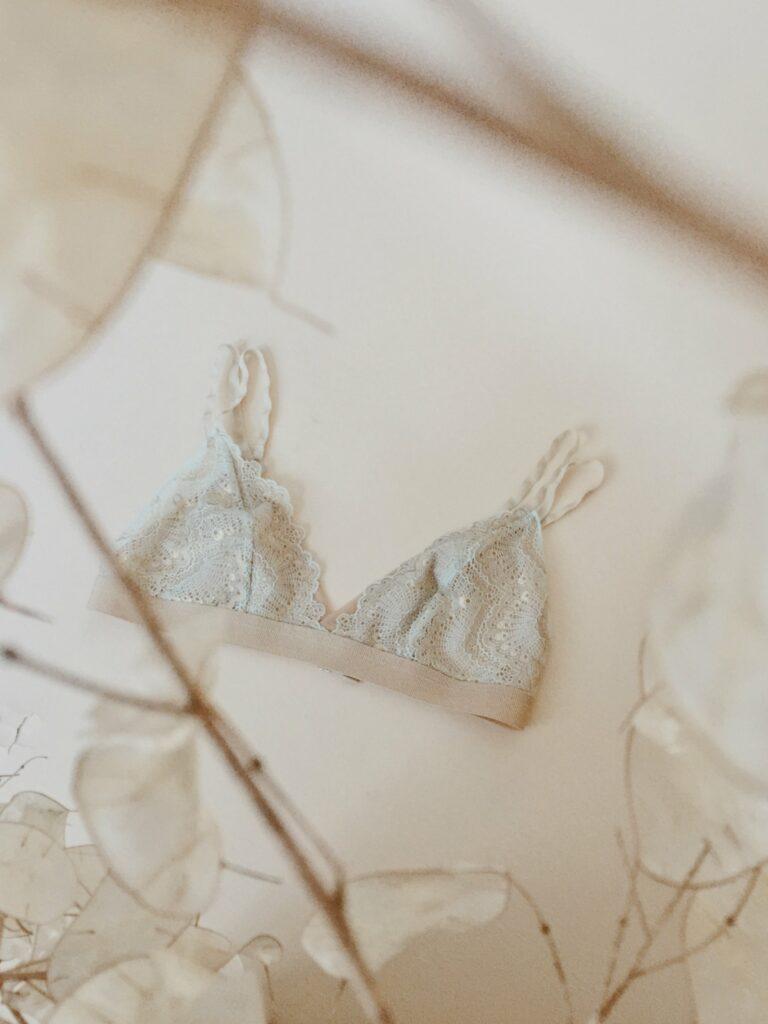 17 Minimalist, Ethical & Sustainable Underwear Brands - Opheria