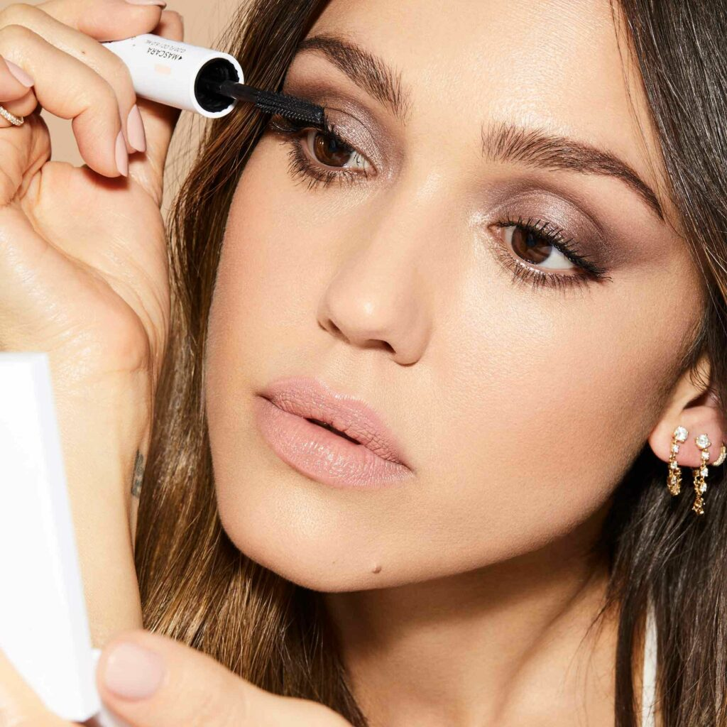 15 Best Minimalist Makeup Brands - HONEST