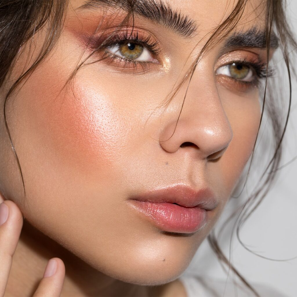 15 Best Minimalist Makeup Brands - INIKA Organic