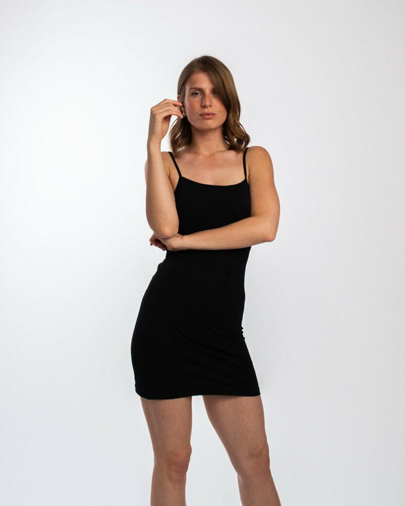 Best Affordable Minimalist Fashion Brands - Honest Basics