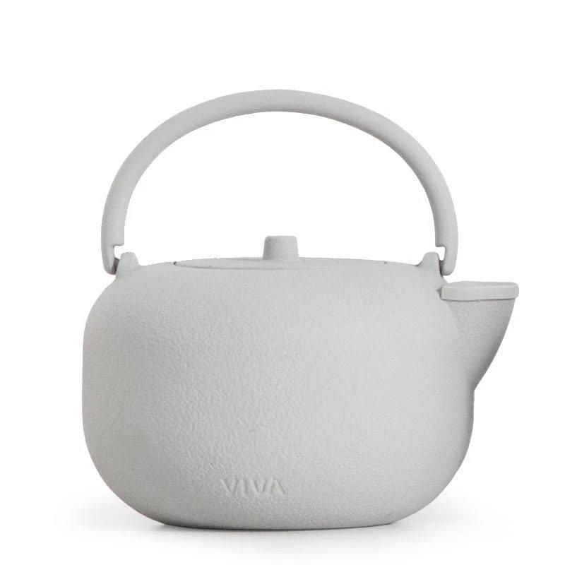 Minimalist Teapots & Kettles To Buy In 2021 - Saga Cast-Iron Teapot