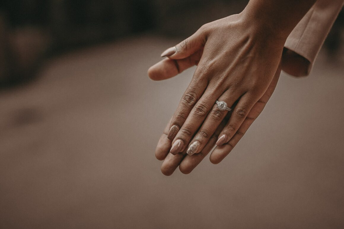 Conflict-Free Minimalist Engagement Ring Brands