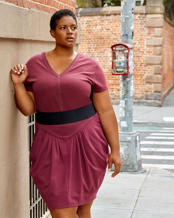 Best Plus-Size Minimalist Clothing Brands - See Rose Go